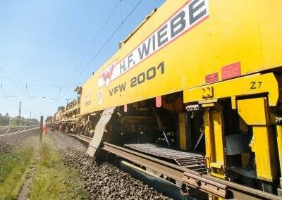 At a length of up to 117 metres, the VFW 2001 has everything on board necessary for high-quality track construction.