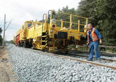 The Tamping Express makes it very easy for the employees of the Wiebe Group to deliver excellent tamping results below the sleepers.