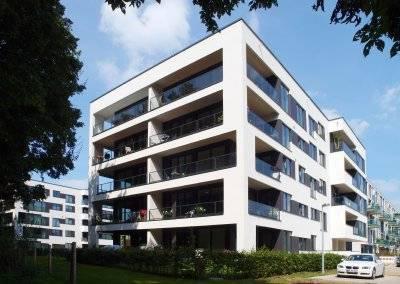 Die Gestaltung der Riva-Gebäude fügt sich stimmig in die Landschaft des Stadtwerders ein.