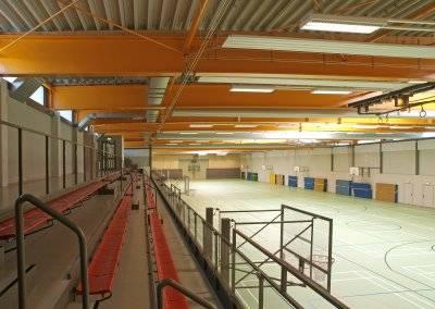 Die fest eingebauten Sportgeräte wurden erneuert und sichern den problemlosen Sportbetrieb.